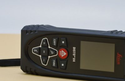 Pomiary budowlane z zastosowaniem narzędzi laserowych.